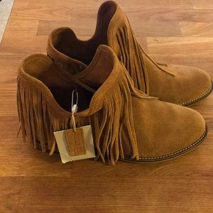 Zara fringe boot sz 36